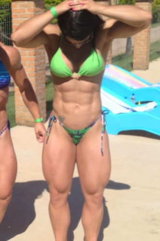 women muscular thighs (13)